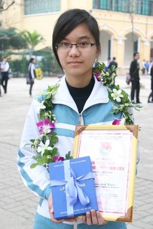 Gương mặt đoàn viên THPT tiêu biểu Trương Linh Huyền.